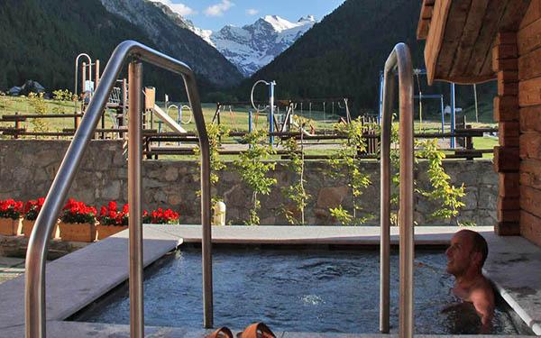 Hotel sant 39 orso beauty spa lebois cogne valle d for Vista sulla valle cabine colline hocking