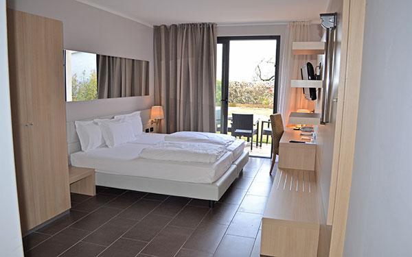 Villa luisa hotel resort spa san felice del benaco for Cabine dell hotel di yellowstone del lago